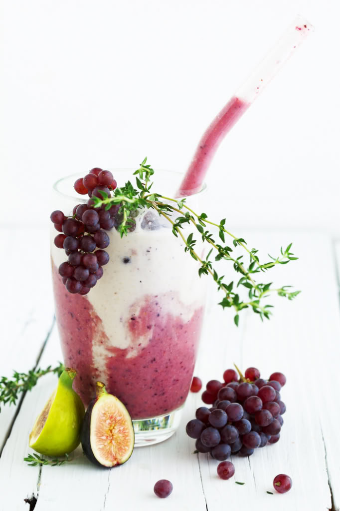 Late Summer Oat Milk Smoothie with Figs and Grapes