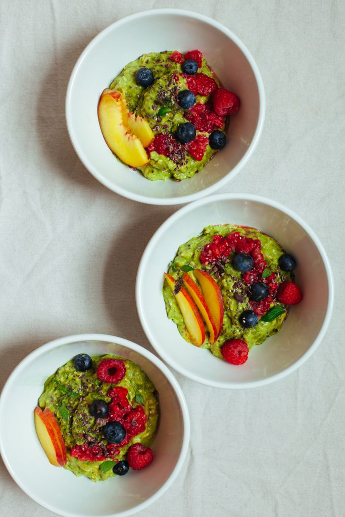 Peach and Avocado Overnight Oats with Moringa Powder