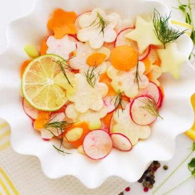 Kohlrabi Avocado Salad