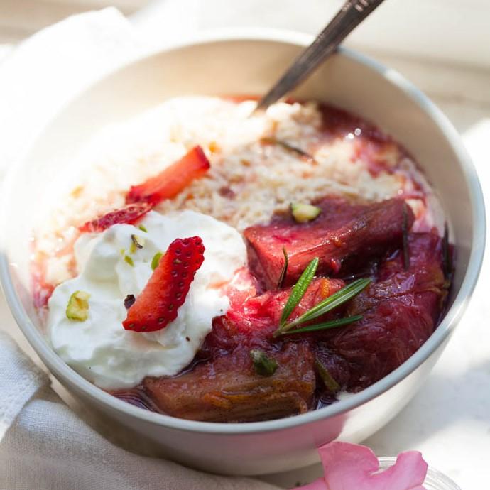 Rhubarb Rosemary Musli