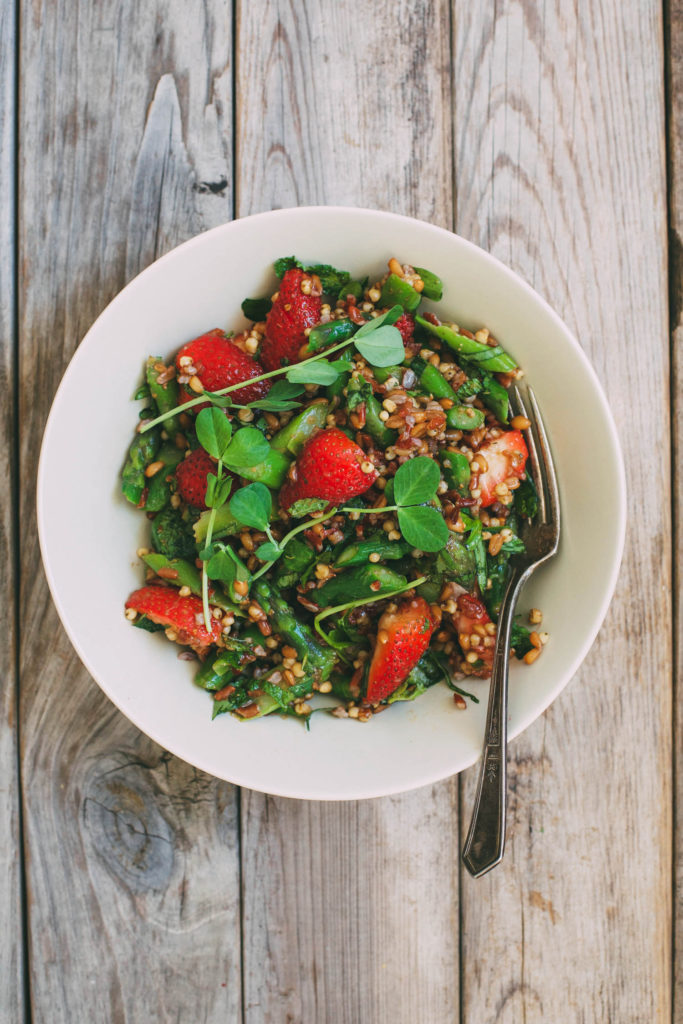 Welcome Summer Multigrain Salad with Strawberries and Asparagus