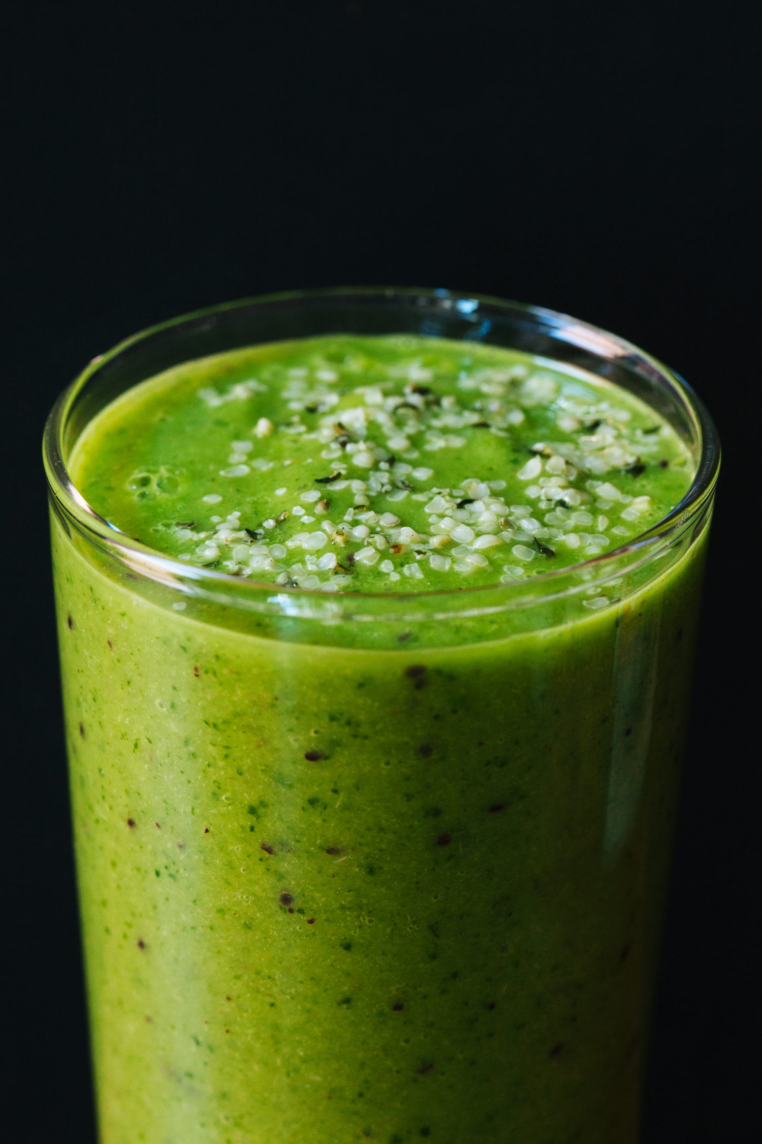 Avocado, Kiwi and Ginger Green Breakfast Smoothie | Golubka Kitchen
