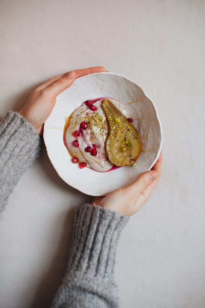 Honey-Roasted Pears with Vanilla Cashew Cream