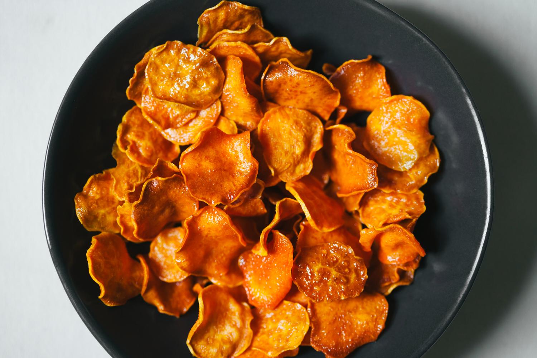 Sweet Potato Nachos with Cheesy Chipotle Sauce and All the Fixings | Golubka Kitchen