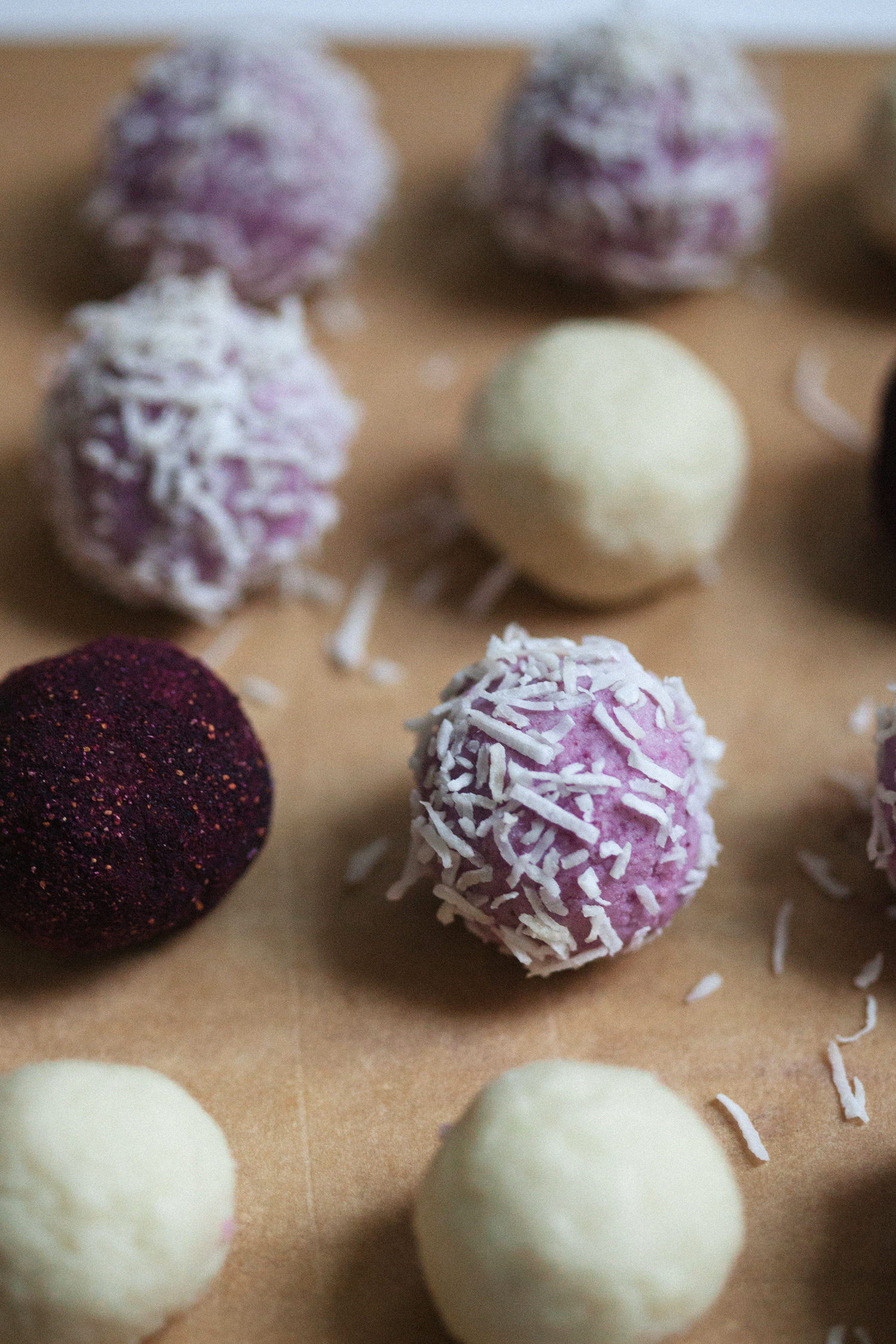 Blueberry Cheesecake Truffles - Golubka Kitchen