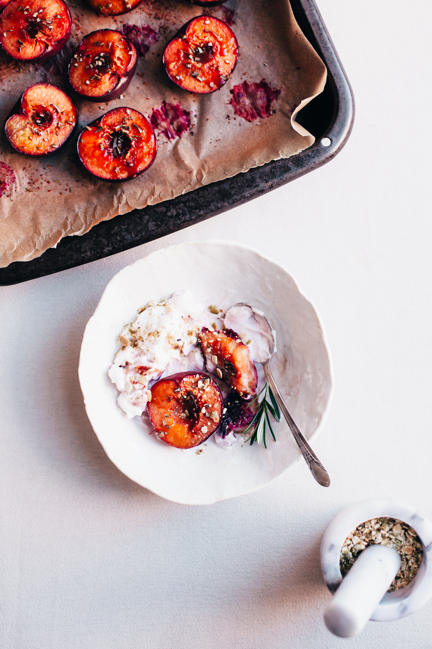 Rosemary-Roasted Plums with a Cardamom Sprinkle (Plant-Based Fall Meal Plan, Part 2) - Golubka Kitchen