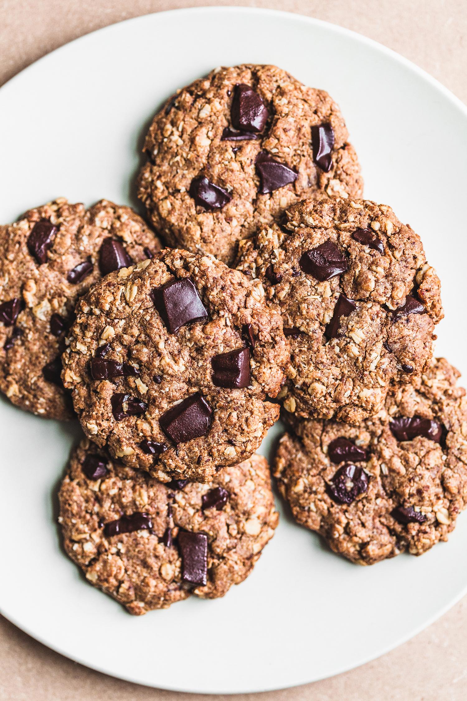 Chocolate Chip Oatmeal Cookies, Vegan and Gluten-Free - Golubka Kitchen