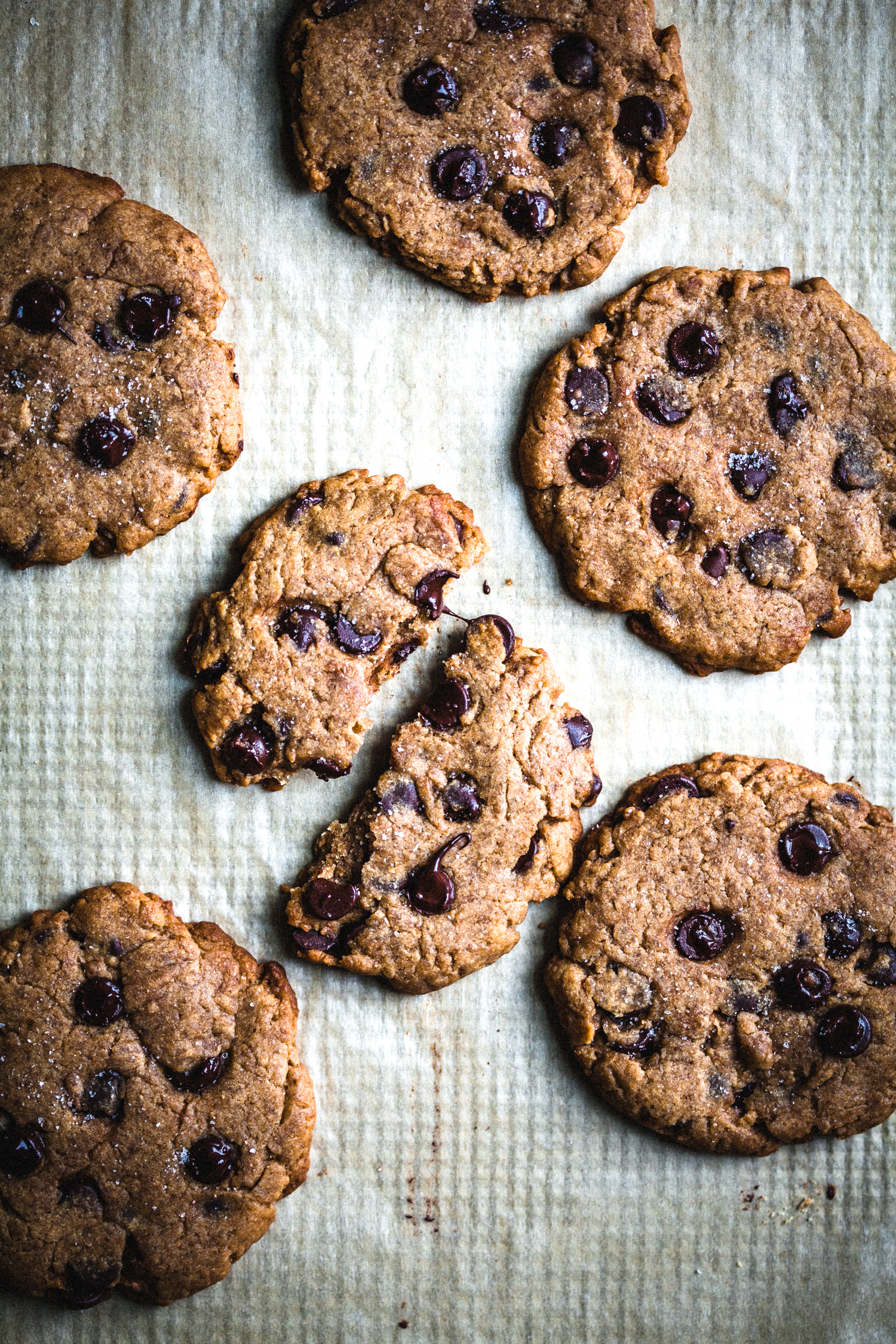 Vegan Sourdough Chocolate Chip Cookies - Golubka Kitchen