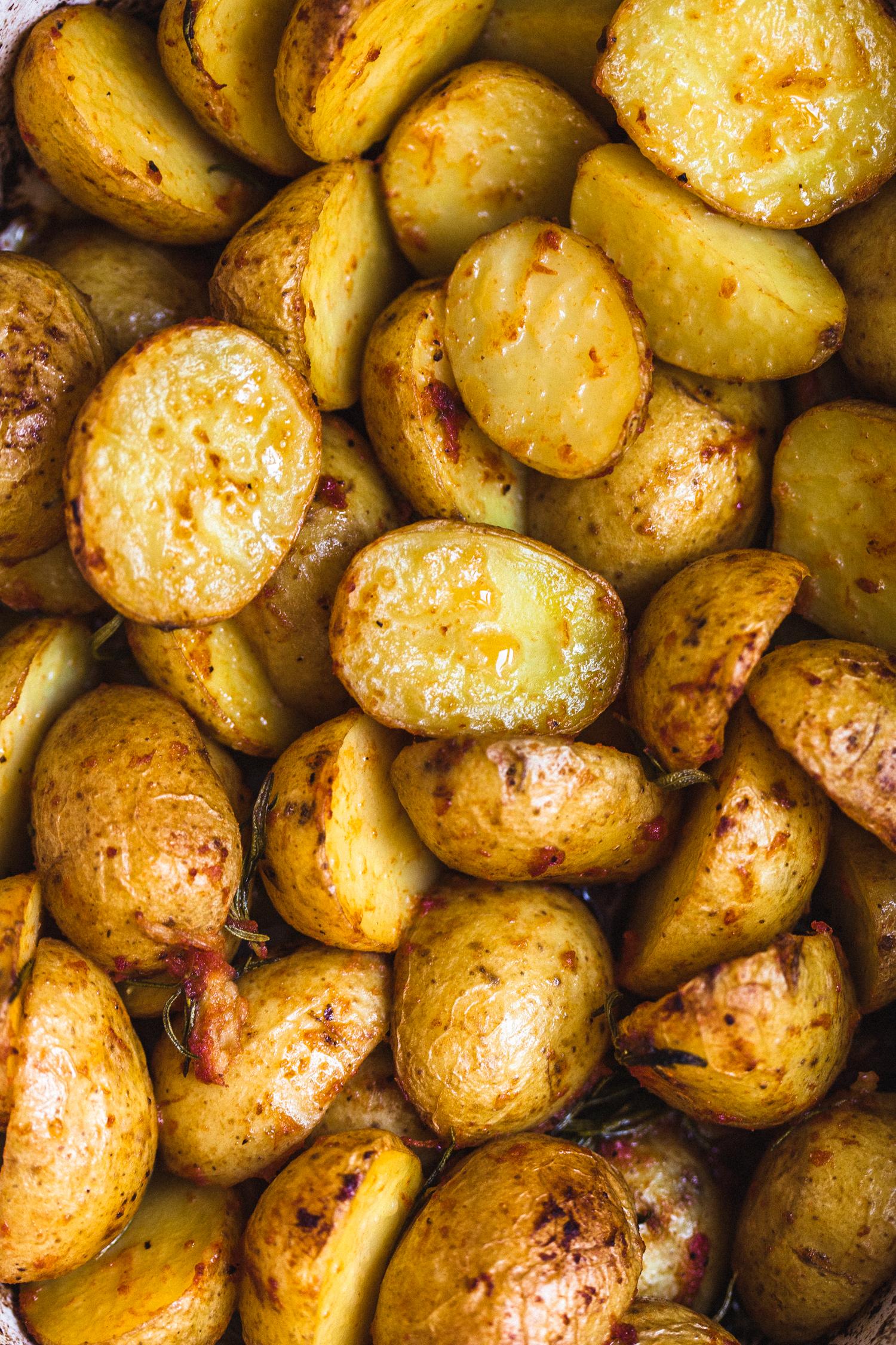 Tomato and Garlic Roasted Potatoes - Golubka Kitchen
