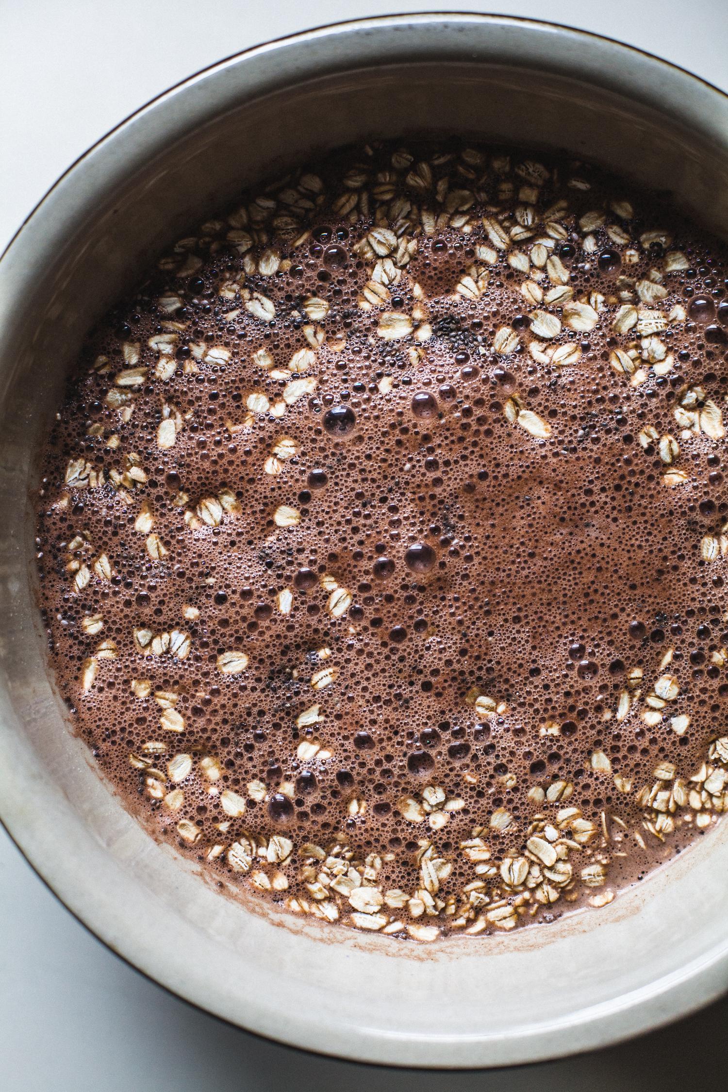 Chocolate Raspberry Overnight Oats with Hemp Milk - Golubka Kitchen